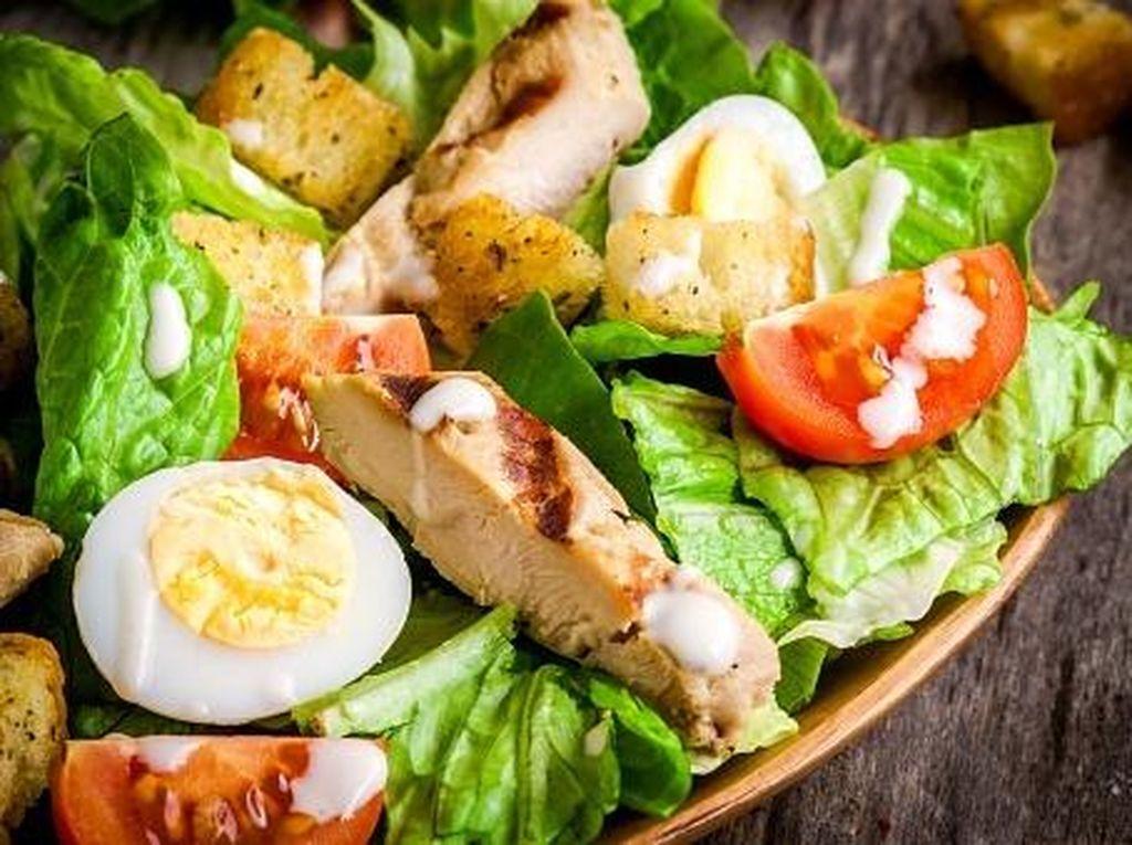 Ini 6 Kesalahan yang Sering Dilakukan Saat Bawa Bekal Salad