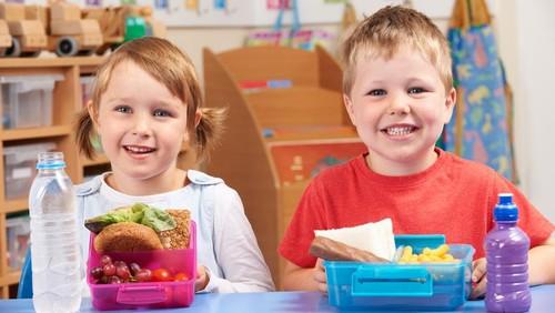 Makanan Buatan Sendiri Lebih Aman dan Sehat untuk Anak