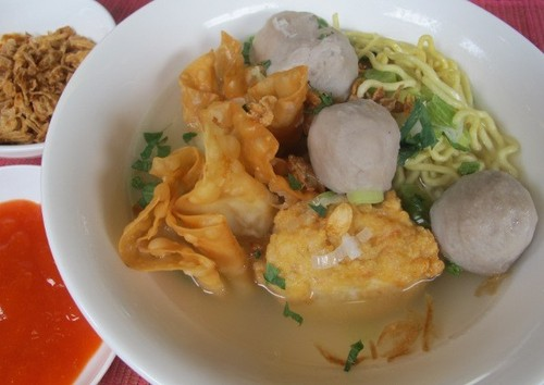 Video Resep: Bakwan Kuah