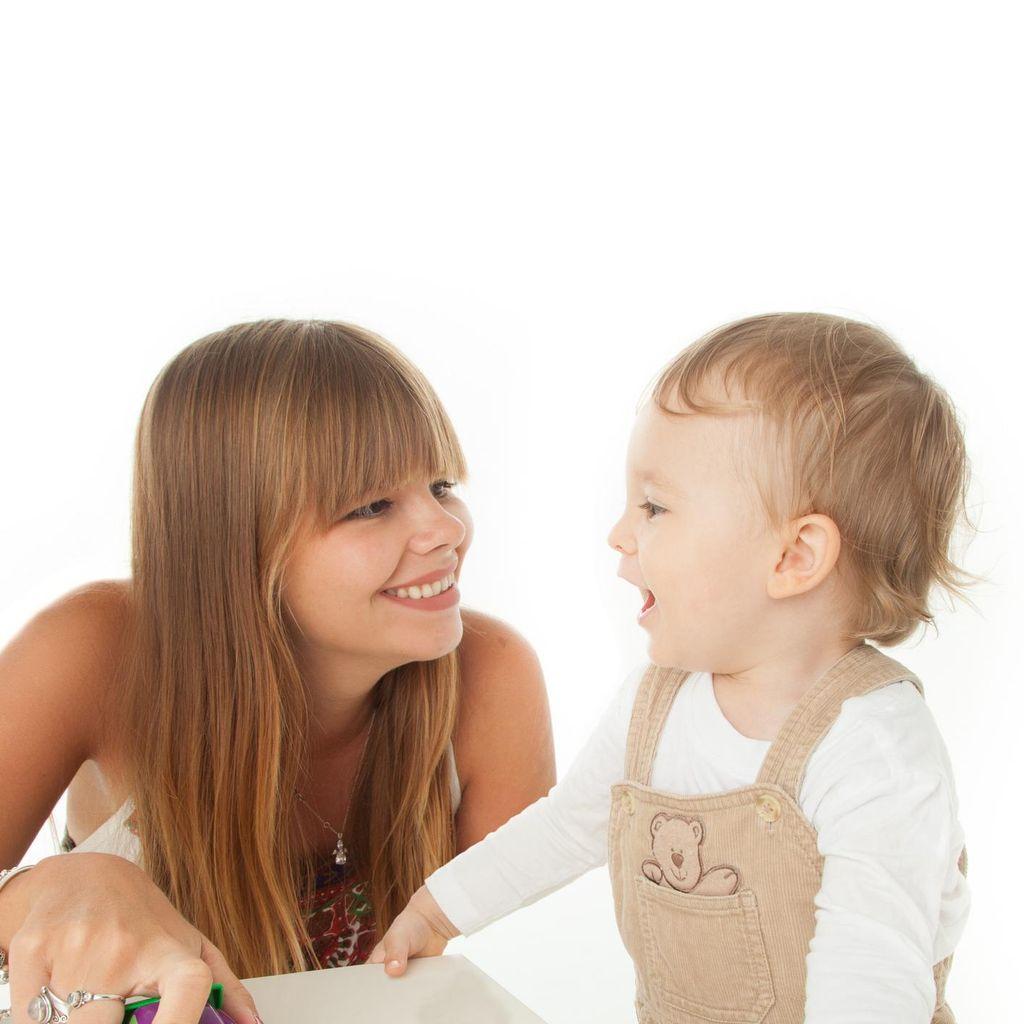 Kenali Jenis Gangguan Bicara yang Bisa Terjadi Pada Anak