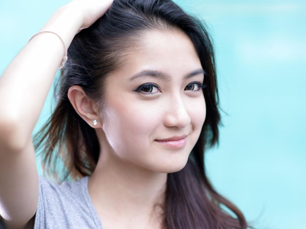 Lucunya Wanita Indonesia, Suka Tren Makeup Korea Tapi Pilih Dandan ala Bule