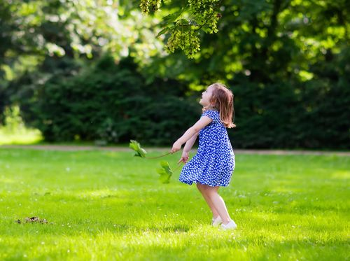 Anak Usia 3 Tahun yang Mudah Muntah Saat Lari dan Batuk