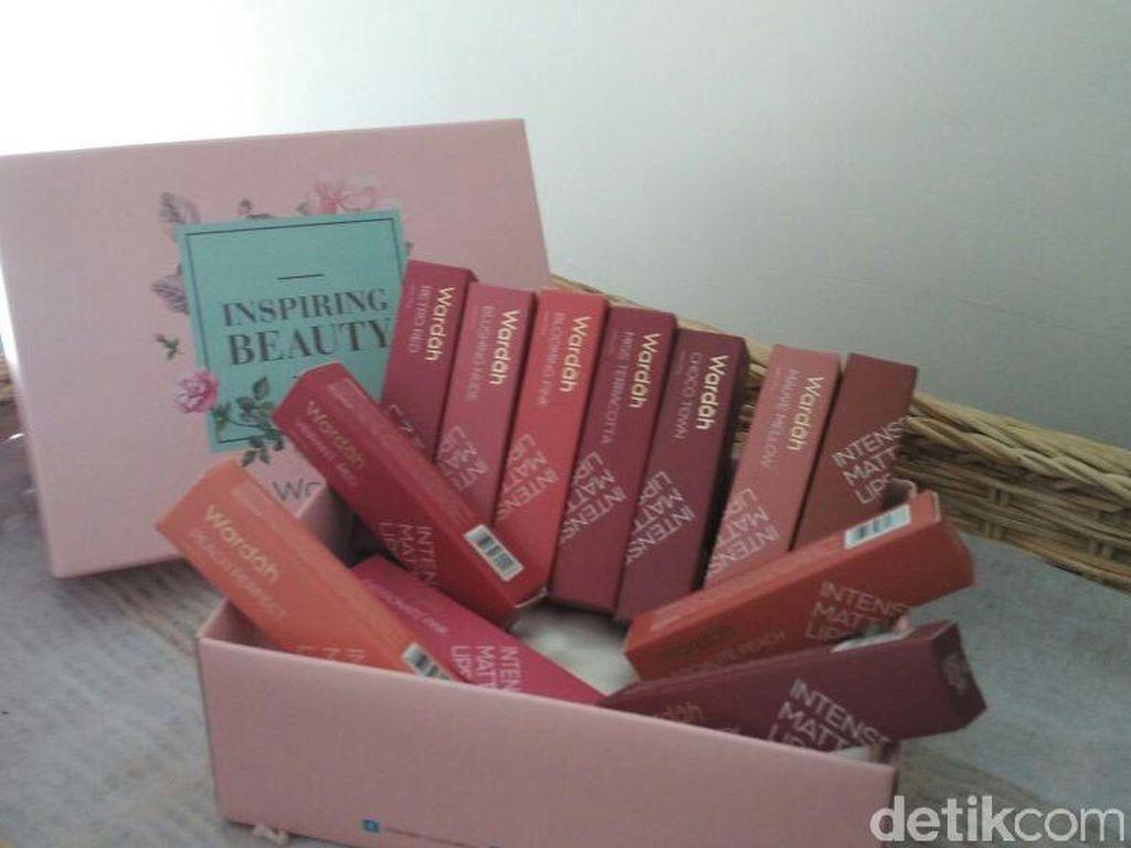 Product Review: Mencoba Intense Matte Lipstick Wardah Terbaru