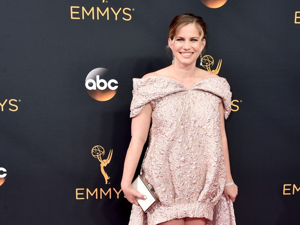 7 Penampilan Terburuk Selebriti di Emmy Awards 2016