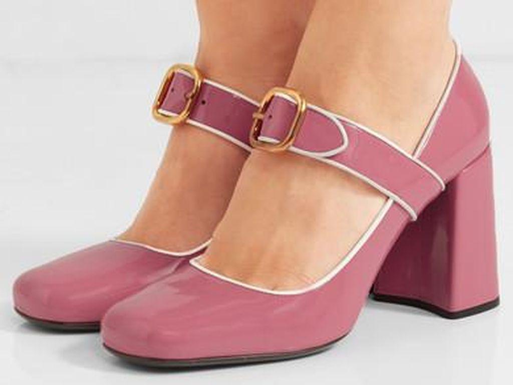 Editors Choice: 5 Sepatu Mary Jane Pump untuk Tampil Retro Feminine