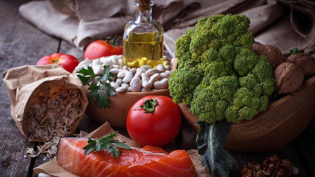 Ingin Sehat Selalu? Ini 8 Jenis Makanan yang Bagus Dikonsumsi Tiap Hari