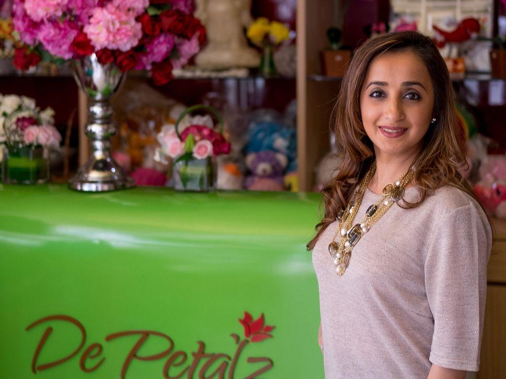 Merangkai Bunga Selamatkan Simran Punjabi dari Depresi Pasca Keguguran