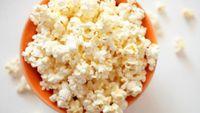 Secangkir popcorn memiliki hampir 1 gram serat dan kernel. Popcorn pun rendah kalori jika dikonsumsi tanpa rasa apapun. (Foto: Thinkstock)