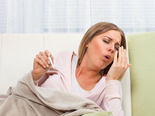 Jangan Langsung Minum Obat! Begini 5 Cara Alami Atasi Batuk 1