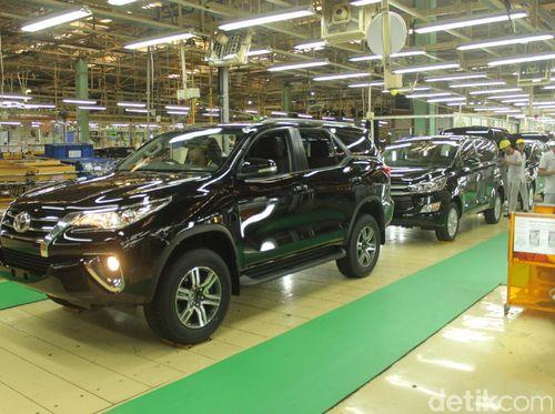 Toyota Sempat Berdarah-darah Saat Mau Ekspor Mobil ke Timur Tengah