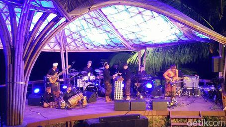 Digoyang Intimnya Ijen Summer Jazz Di Banyuwangi