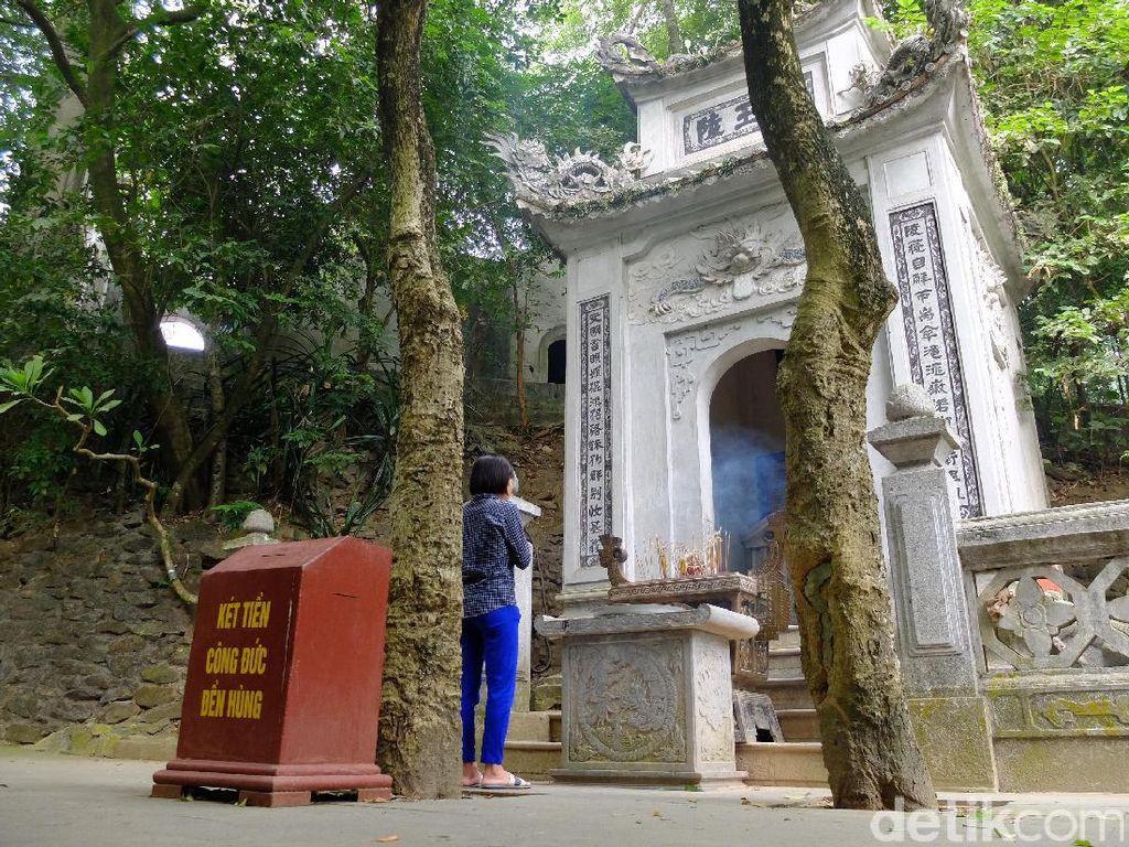 Mengenal Sejarah Negeri Vietnam di Kuil Raja Hung