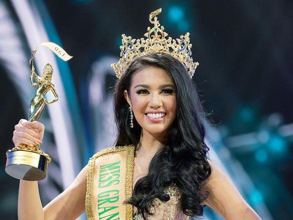 Foto: Aksi Pemenang Miss Grand International 2016 dari Indonesia, Ariska Putri