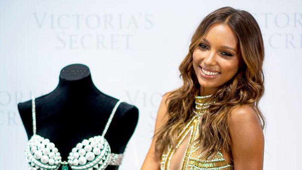 Victorias Secret Akan Tampilkan Bra Rp 39 M dengan 9.000 Permata