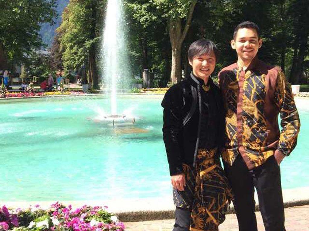 Bernyanyi Demi Indonesia dan Traveling Sampai ke Luar Negeri