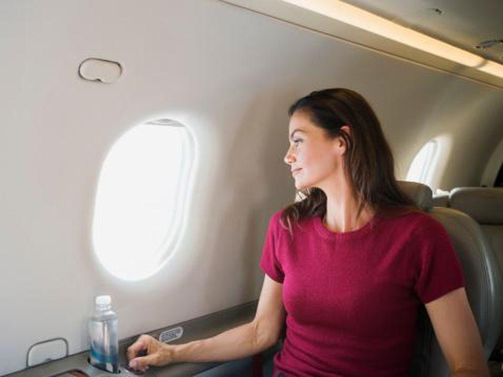 Pramugari Ungkap Tips Cantik di Pesawat