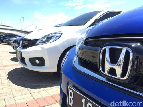1.000 Mobil Honda Tumplek di BSD ICE, Tangerang