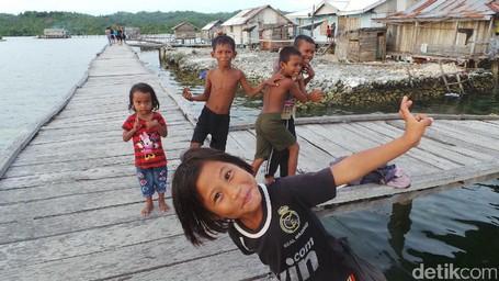 Mengenal Suku Bajo Mantigola Di Ambewa, Wakatobi