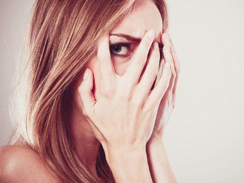 Mengatasi Takut dan Cemas Saat Berhubungan Intim