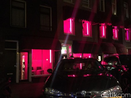 Red Light District Amsterdam Yang Bikin Deg-degan