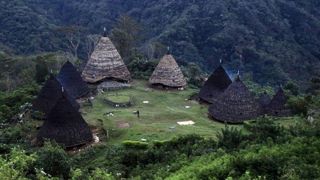 Menyepi Sejenak Ke Wae Rebo, Desa Di Atas Awan Yang Mendunia