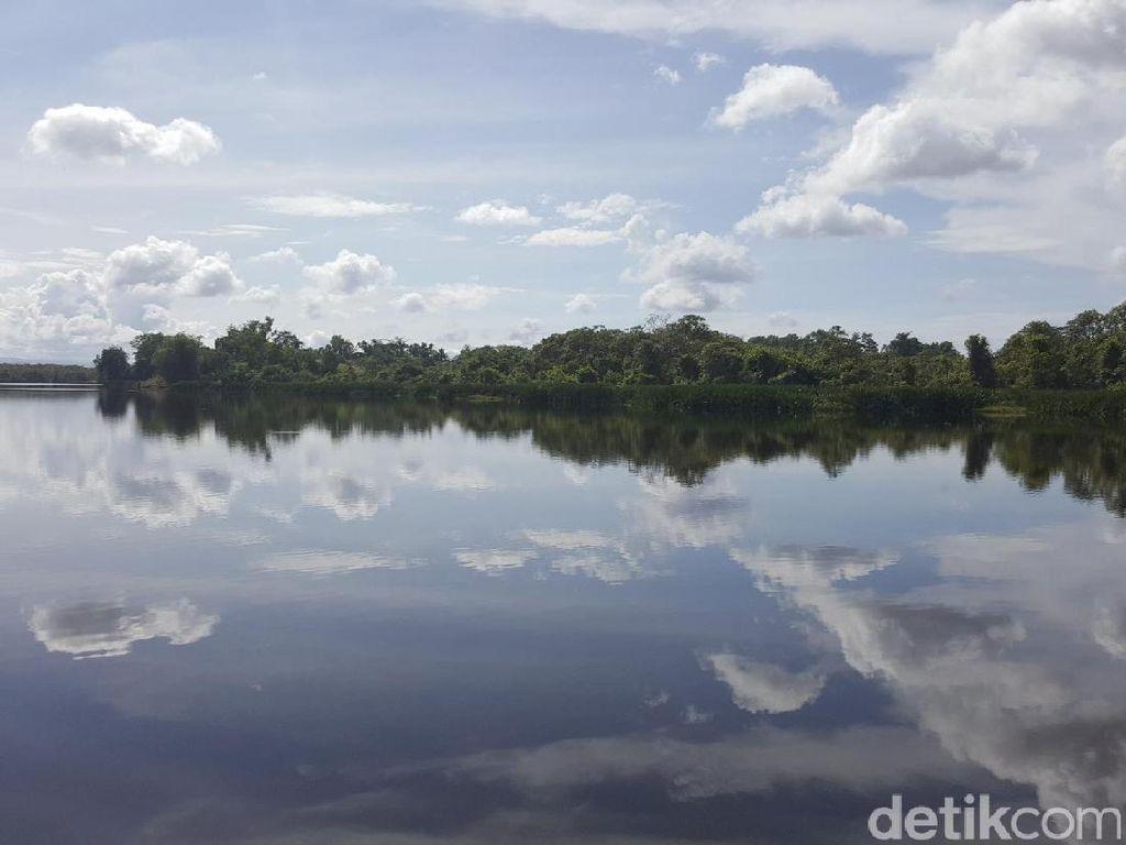 Mungkin, Danau Paling Galau se-Indonesia Ada di Bengkulu