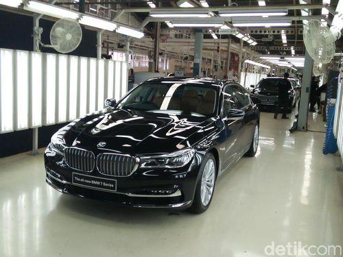 Dirakit di Indonesia, BMW Seri 7 Masih Serap Sedikit Komponen Lokal