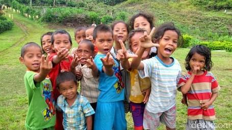 Senyum, Tawa Dan Cinta, Harta Karun Indonesia Yang Kita Lupa