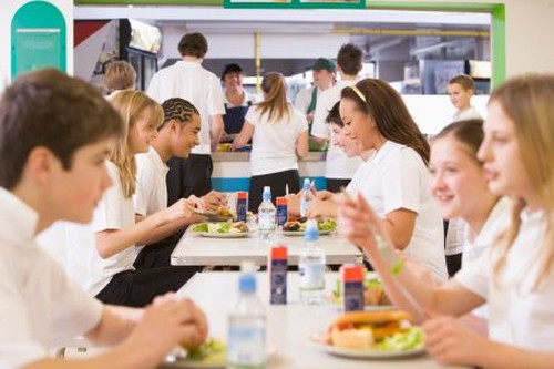 Ini Cara Mengelola Kantin Sekolah yang Sajikan Makanan Halal