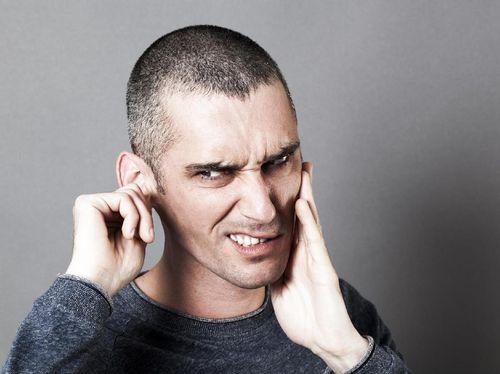 Pria Ini Telinganya Selalu Basah, Tak Tahunya Cairan Otak Yang Merembes