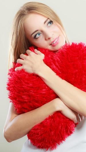 Bingung Mengenali Perasaan Terhadap Sahabat Sendiri