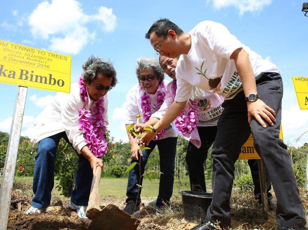 Bimbo Tanam Pohon di Lanskap Cagar Biosfer Riau