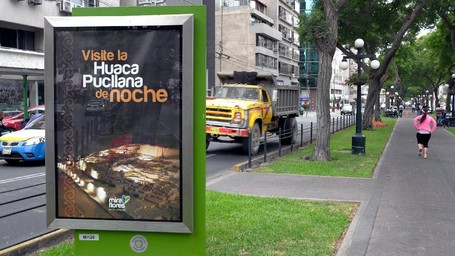 Hati-hati Kalau Jalan Kaki Di Ibu Kota Peru, Banyak 'Ranjau'