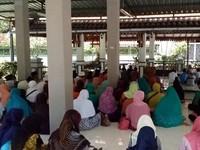 Libur Panjang Akhir Pekan di Jombang, Ziarah ke Makam Gus Dur
