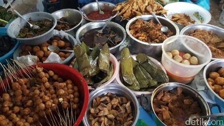 Sebelum Pulang Long Weekend Dari Cirebon, Coba Dulu Nasi Jamblang Pelabuhan