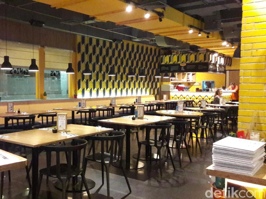 Nuansa Playful Casual di Resto Gonzos Tex Mex Grill, Lotte Shopping Avenue