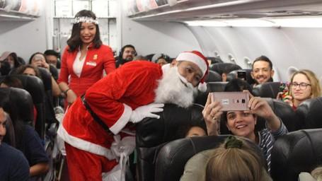 Cara AirAsia Rayakan Natal Di Udara