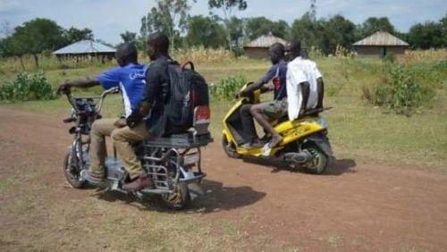 Pelajar Di Kenya Bikin Motor Bertenaga Surya
