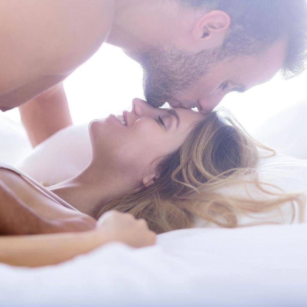 5 Tips untuk Pasangan yang Ingin Bercinta di Pagi Hari