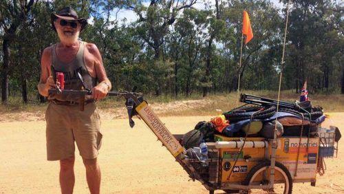 Jalan Kaki Keliling Australia Demi Istri yang Meninggal karena Sakit Langka