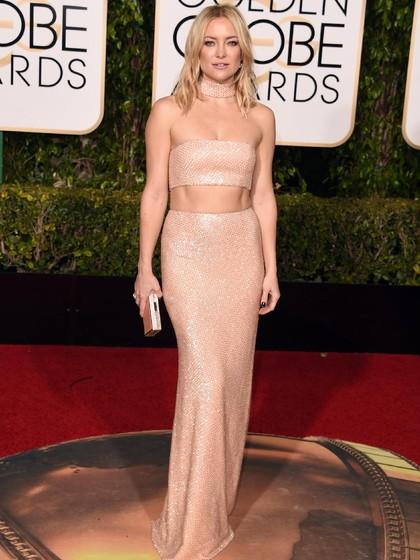 Flashback! 10 Gaya Seksi Selebriti Dunia di Golden Globe Awards 1