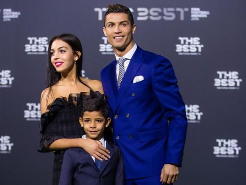 Mengenal Georgina Rodriguez, Model Spanyol Pacar Baru Cristiano Ronaldo