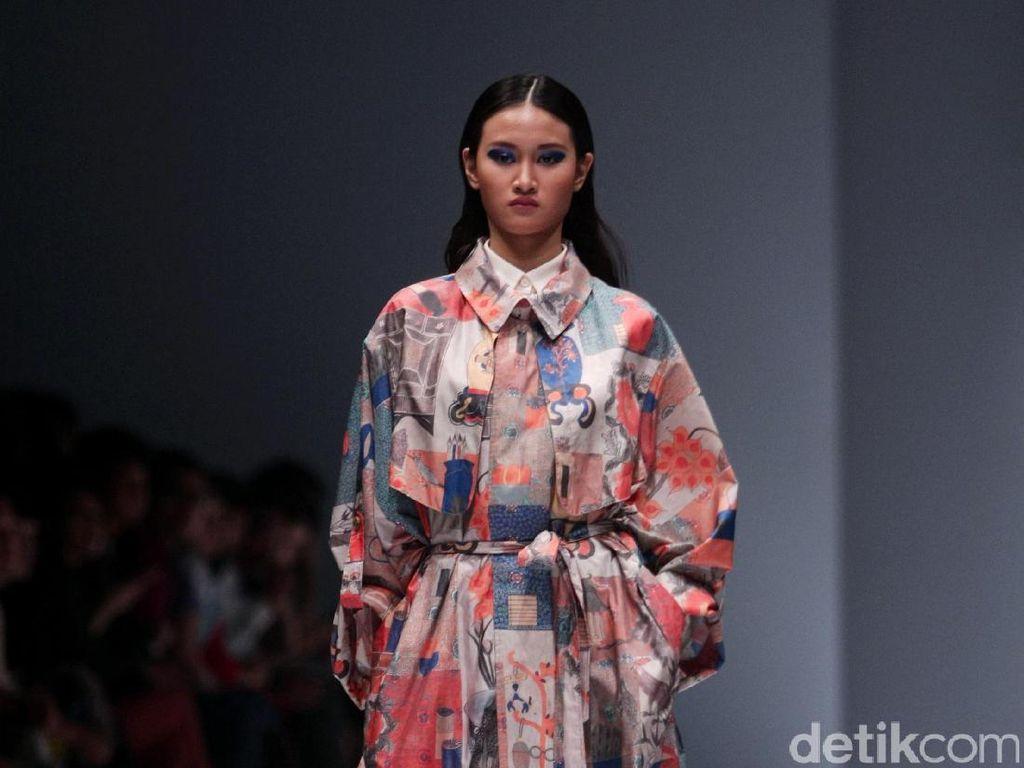 Foto: Koleksi Lie Sang Bong di Jakarta Fashion Week 2017