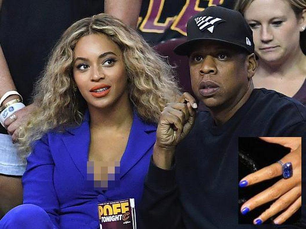 Beyonce Hingga Brad Pitt, Pasangan Selebriti yang Menikah Secara Rahasia