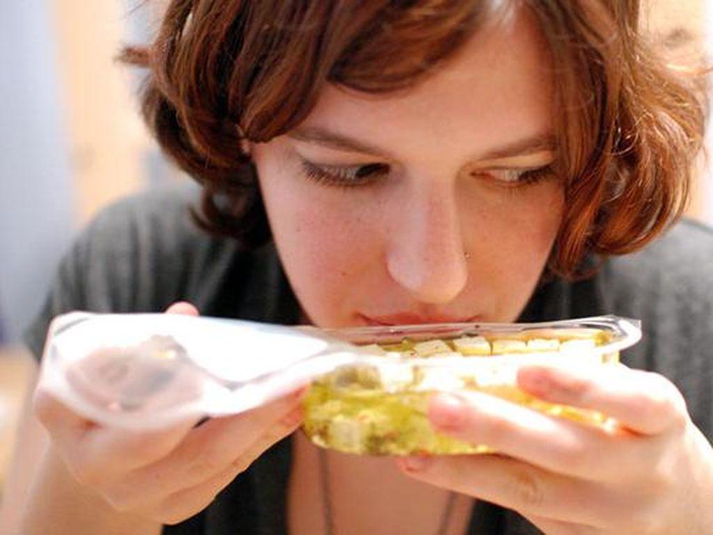 8 Bakteri dari Makanan Mentah Ini Bisa Memicu Keracunan (2)