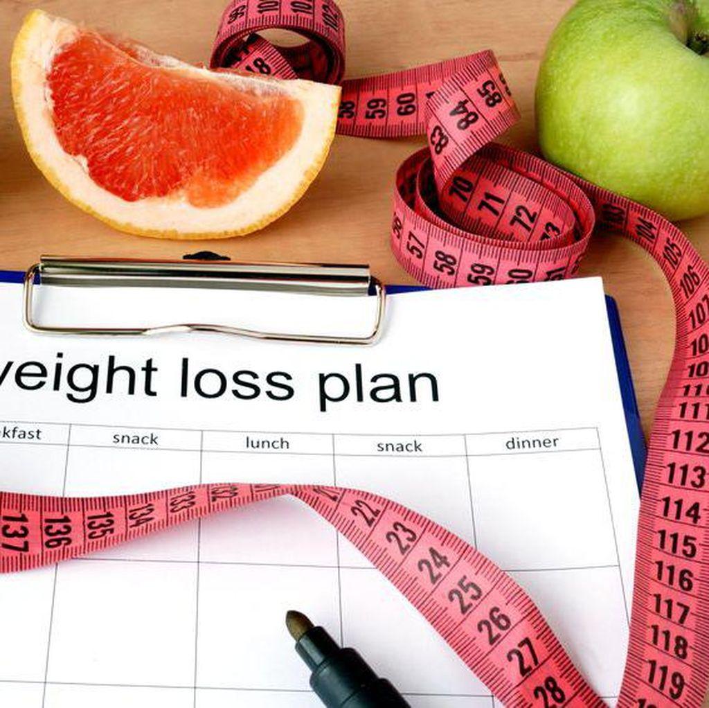 8 Diet Paling Nyeleneh: Makan Kapas Hingga Es Batu Demi Langsing (2)