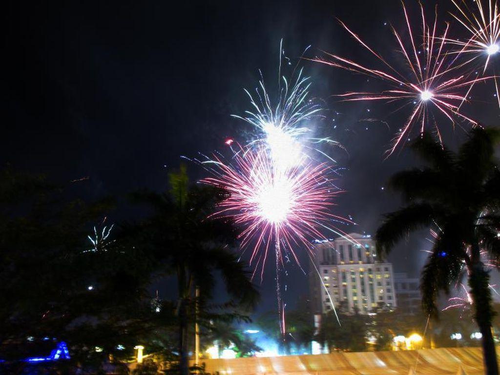 Mengenang Meriahnya Perayaan Tahun Baru 2017 di Medan