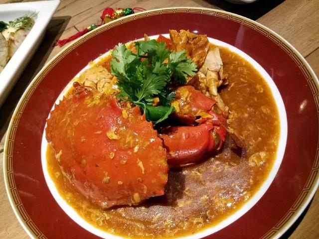 Nyam! Singapore Chili Crab Enak Dicocol dengan Mantau Goreng