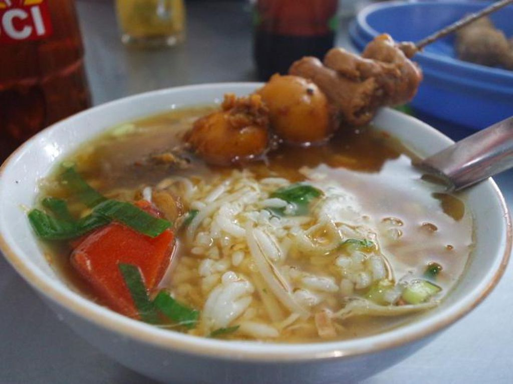 Wisata Kuliner Soto Khas Semarang Buat Makan Siang