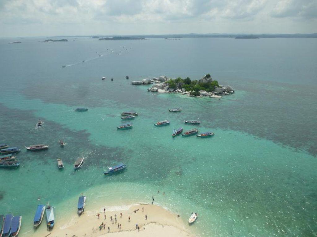 Dari Pantai Sampai Danau Memesona, Semua Ada di Belitung
